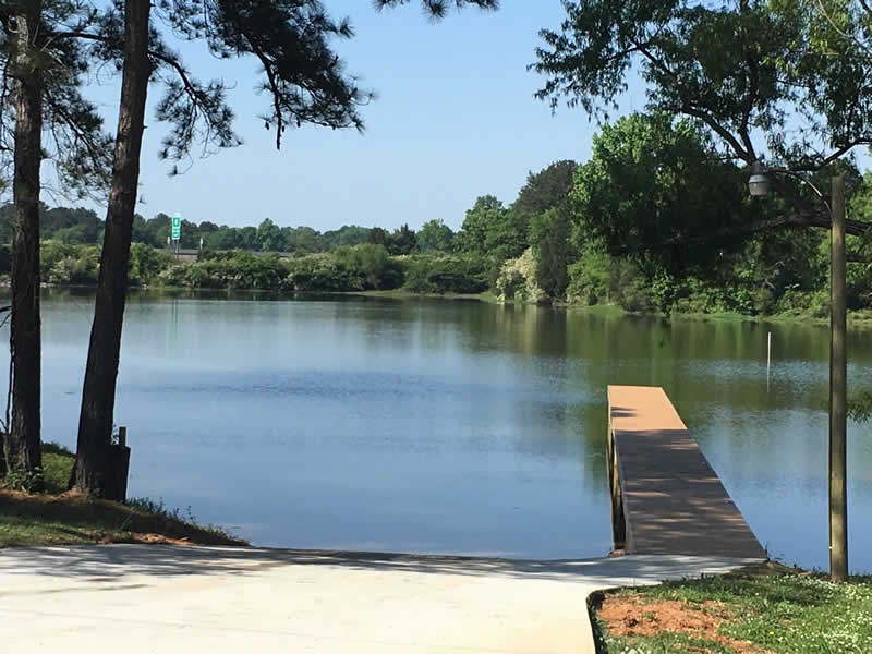 Safe Harbor RV Park - Lake Logan Martin
